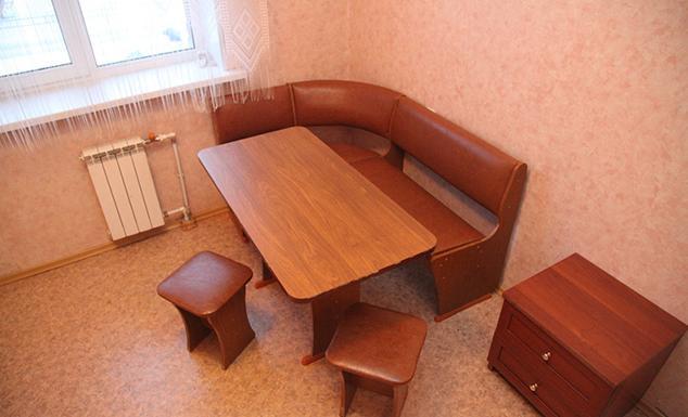 snyat-dvuxkomnatnuyu-kvartiru-posutochno-na-ul-oktyabrskaya-16-8